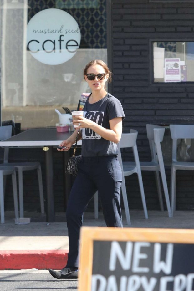 Natalie Portman: Out for coffee in Los Angeles -02