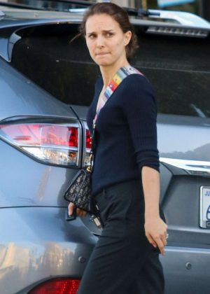 Natalie Portman - Out in Los Angeles