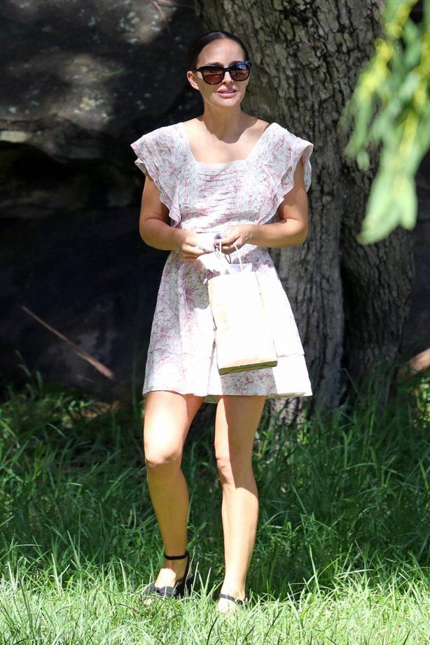 Natalie Portman - With husband Benjamin Millepied in Sydney
