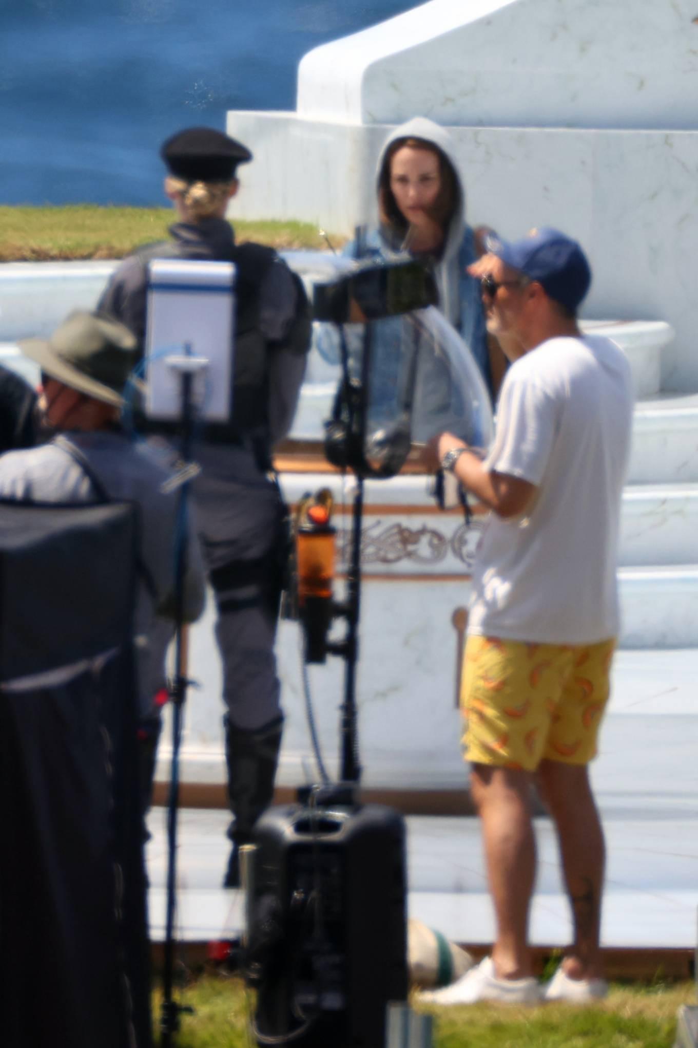 Natalie Portman 2021 : Natalie Portman – With Tessa Thompson filming in Sydney-03