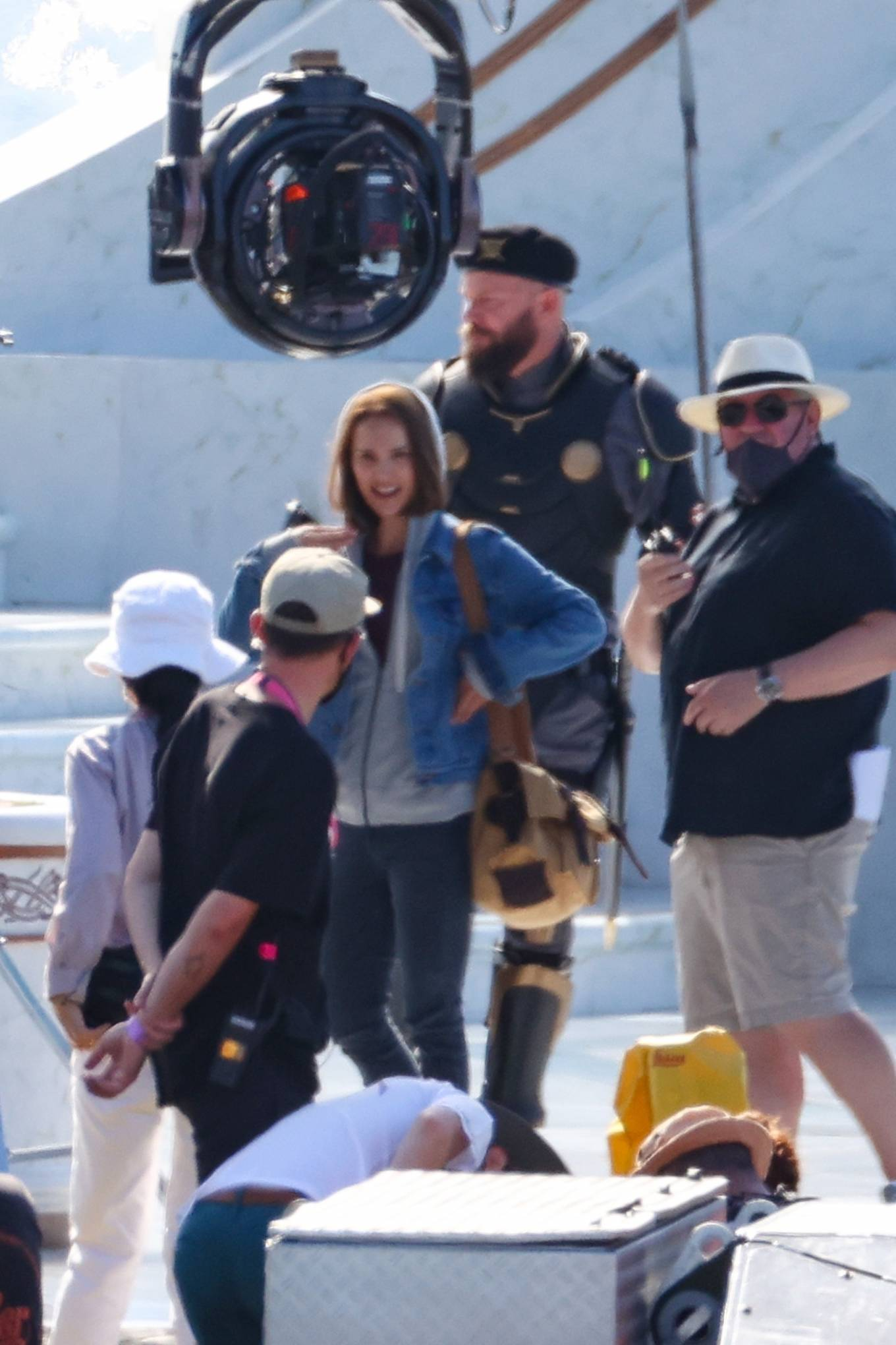 Natalie Portman 2021 : Natalie Portman – With Tessa Thompson filming in Sydney-15