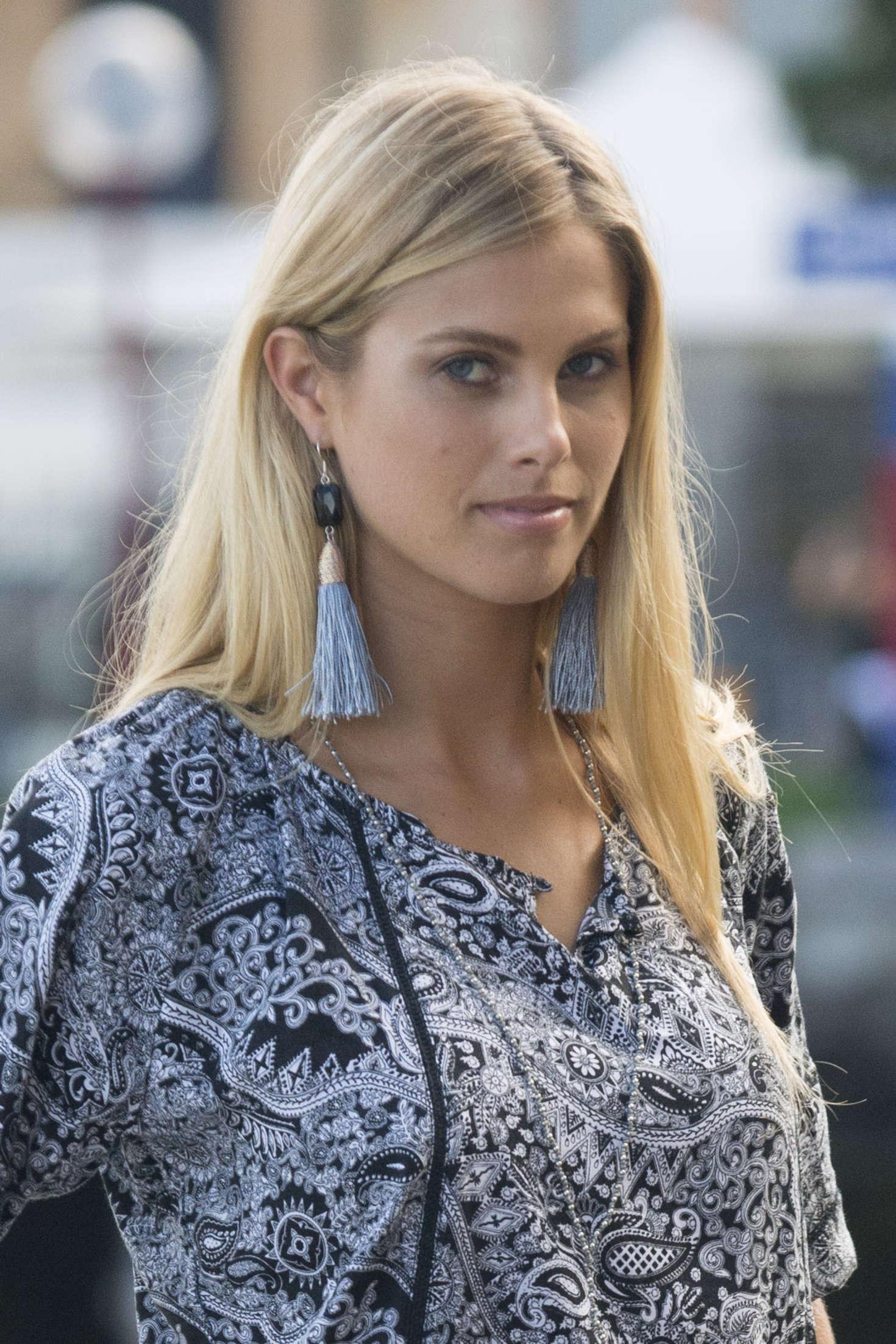 Natalie Roser on Photoshoot in Sydney -03 - GotCeleb