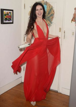 Natasha Blasick in Red Dress ready for SAG Awards in Los Angeles