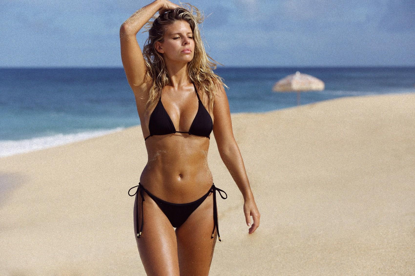 Black Bikini Pics 110