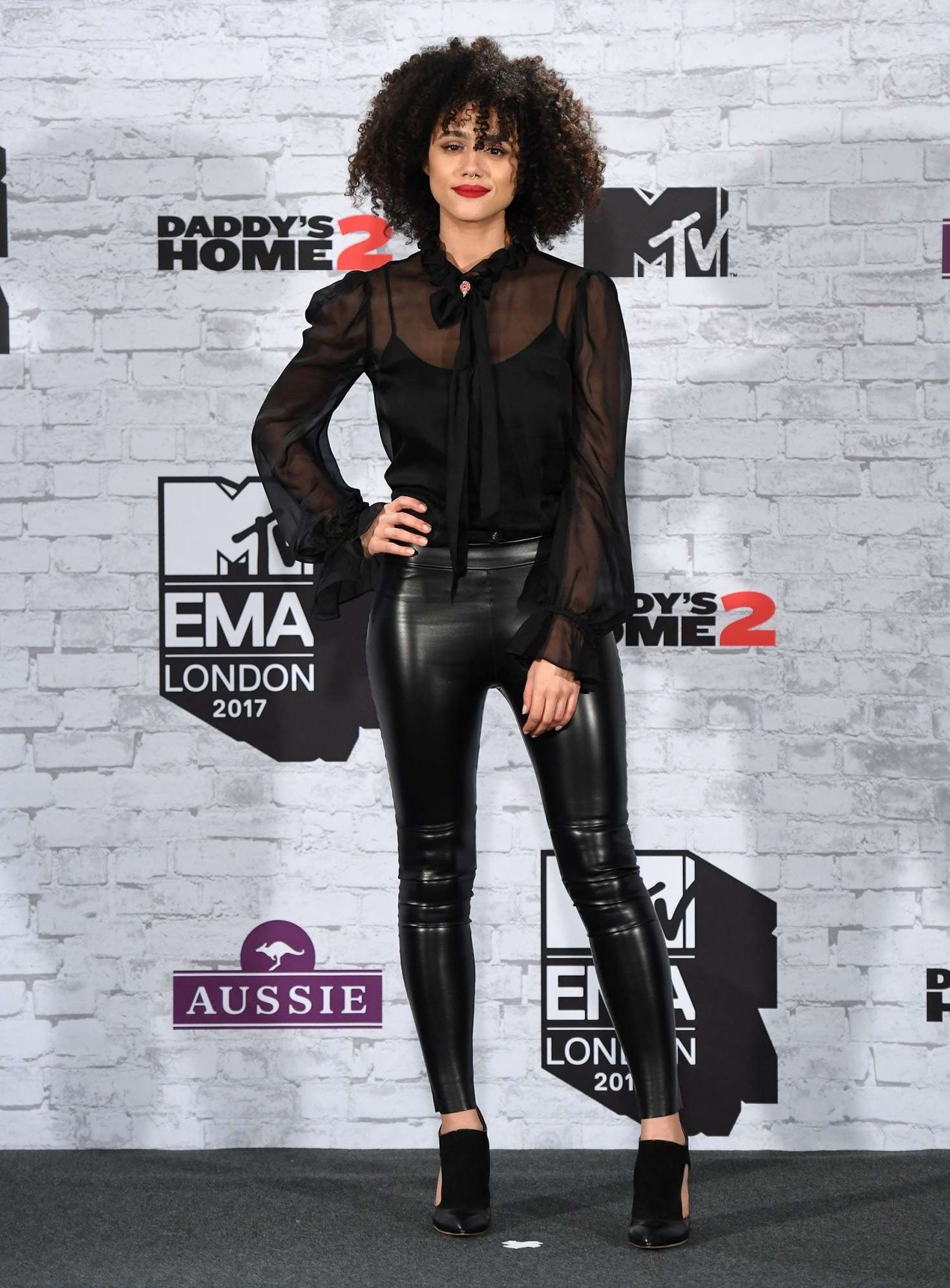 Nathalie Emmanuel 2017 : Nathalie Emmanuel: 2017 MTV Europe Music Awards -03