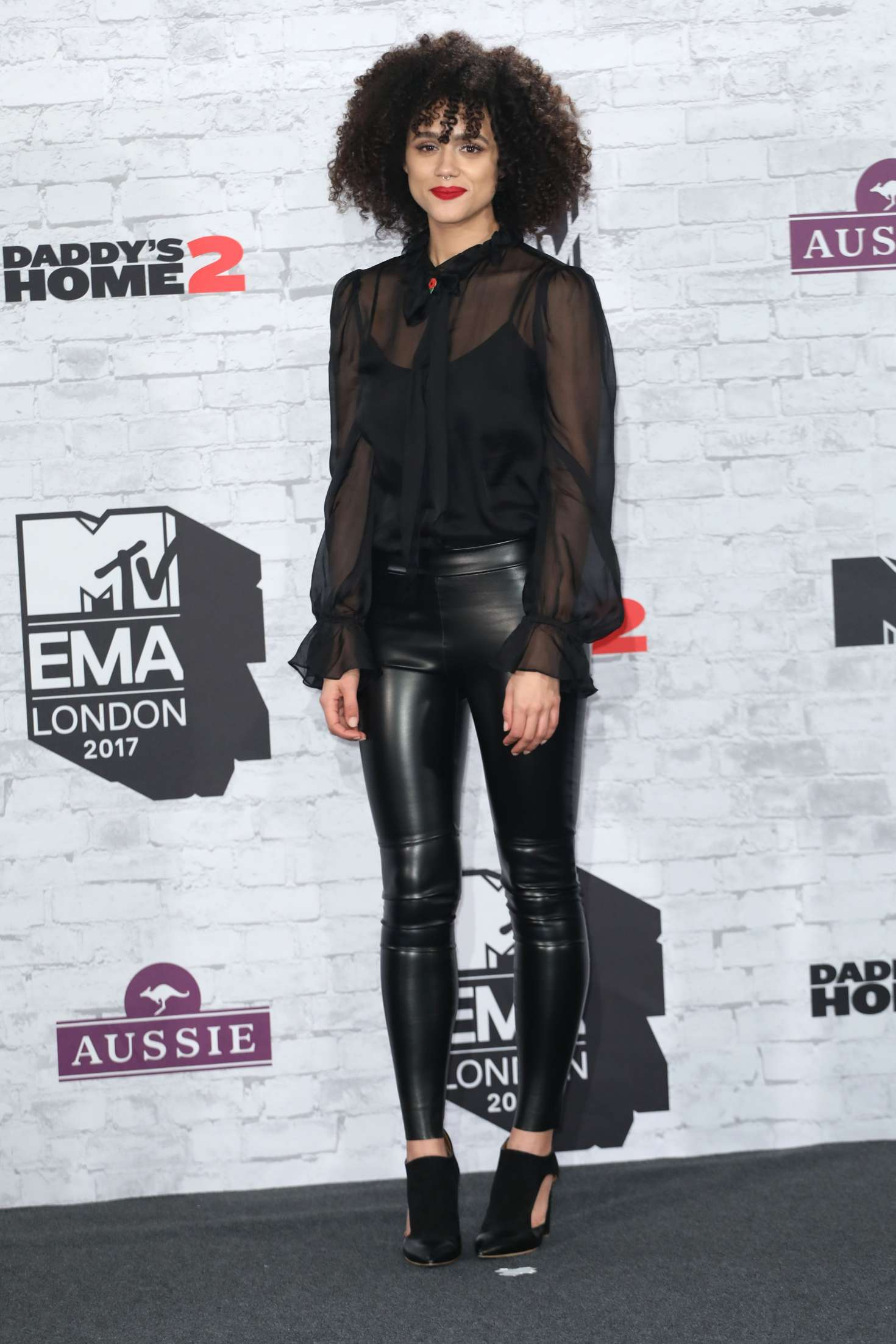 Nathalie Emmanuel 2017 : Nathalie Emmanuel: 2017 MTV Europe Music Awards -04