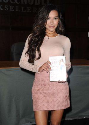 Naya Rivera - Book Signing at Barnes and Noble in LA