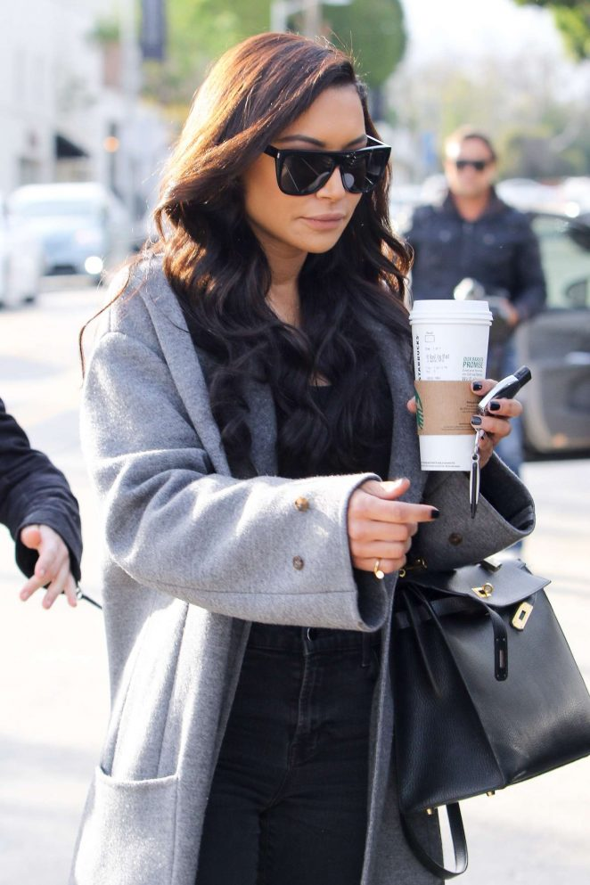 Naya Rivera - Filming a quick scene at Gracias Madre restaurant in West Hollywood