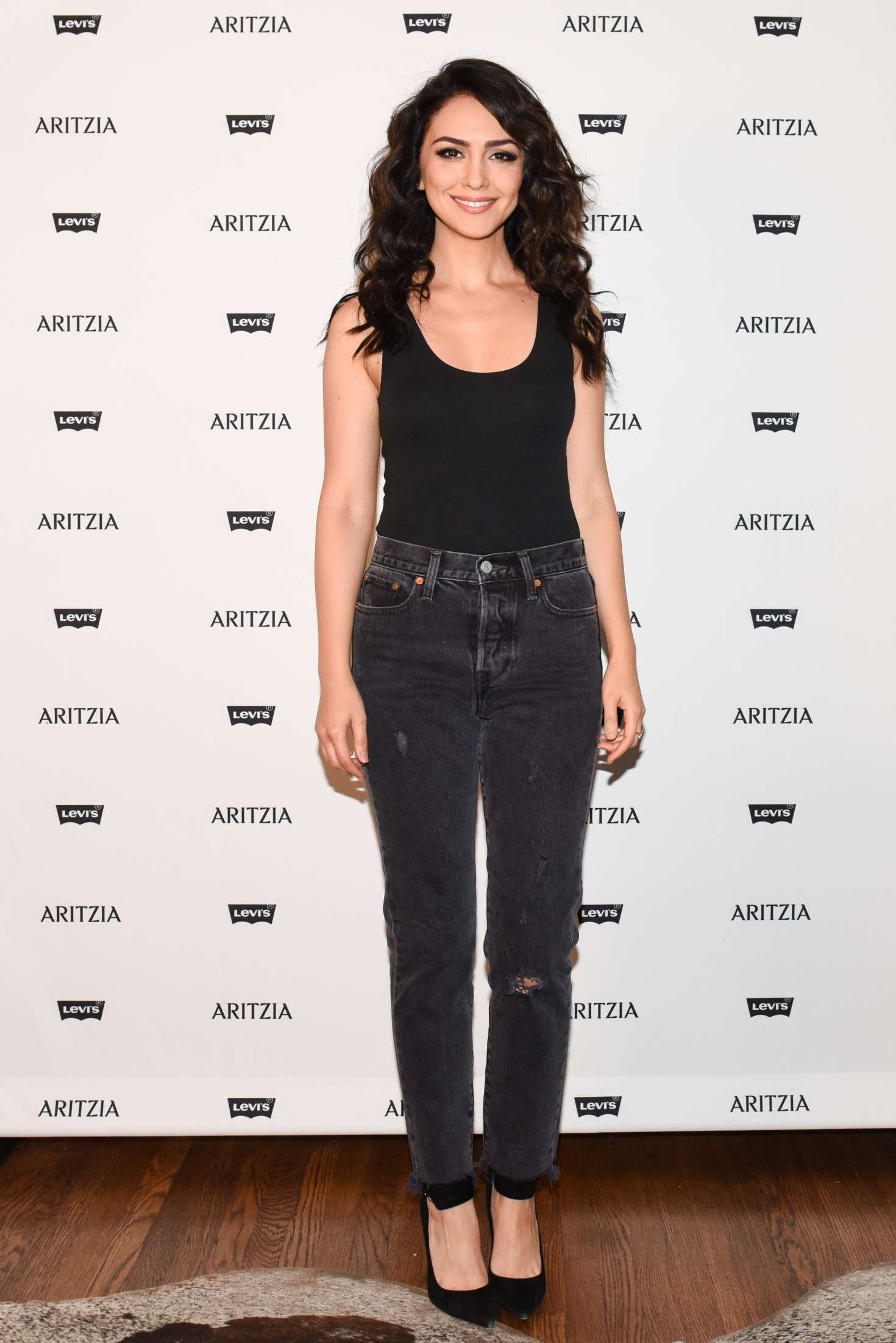 Nazanin Boniadi Levi S By Aritzia Collection Launch In