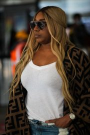 NeNe Leakes - Seen at LAX airport in Los Angeles
