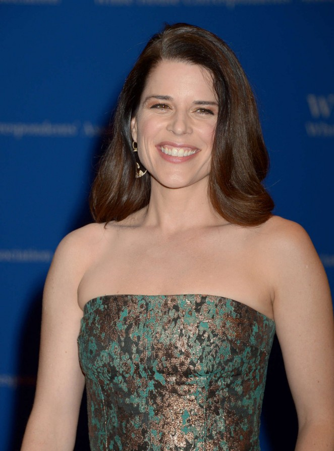 Neve Campbell - White House Correspondents Dinner in Washington