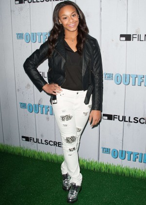 Nia Frazier - 'The Outfield' Premiere in Universal City
