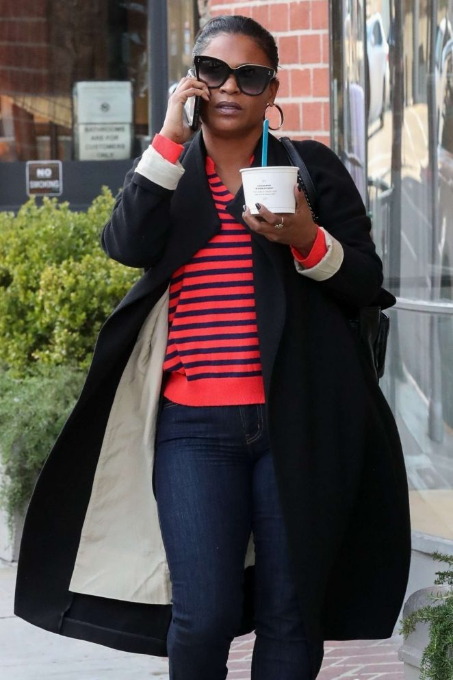 Nia Long – Out in Beverly Hills