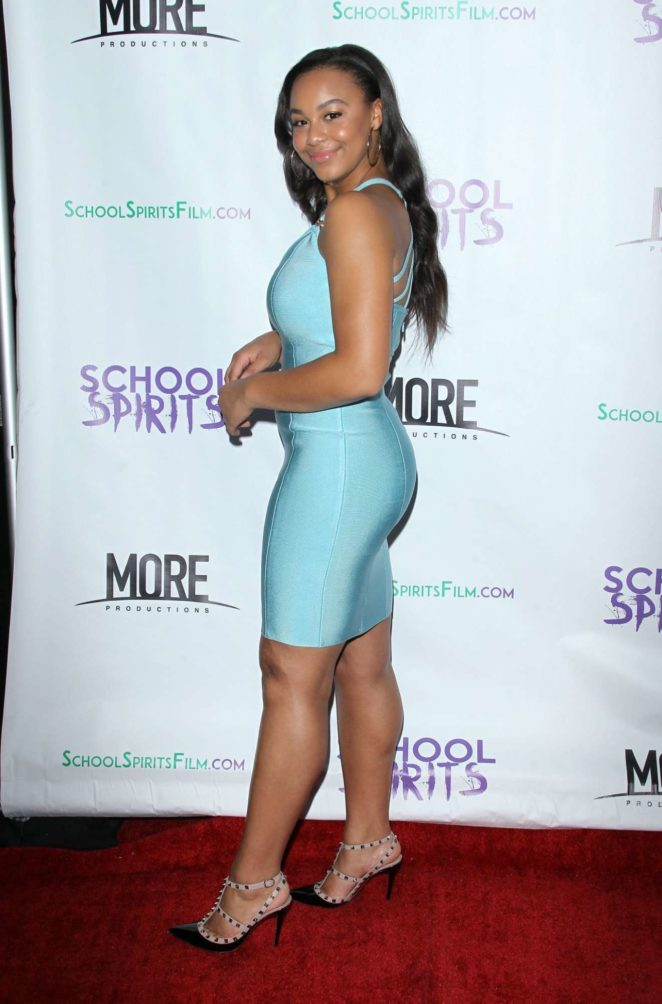 Nia Sioux – School Spirits Photocall in Los Angeles