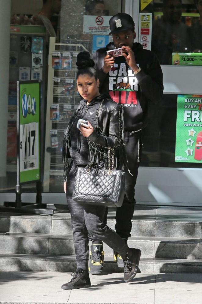 Nicki Minaj and Meek Mill Arrive in Vancouver