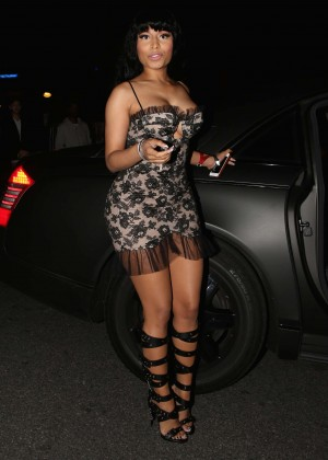 Nicki Minaj - Arriving at The House Of Blues