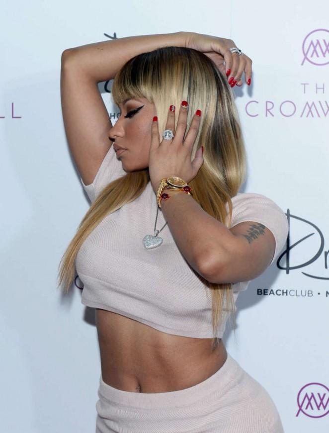 Nicki Minaj – Celebrating the New Year at Drai's Nightclub in Las Vegas