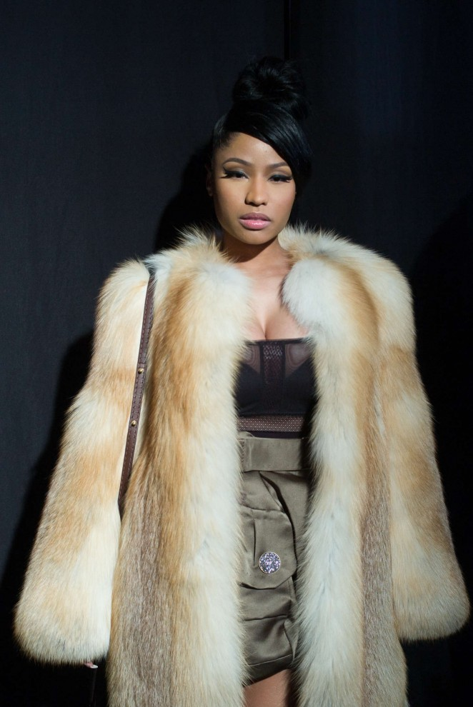 Nicki Minaj Marc Jacobs Fashion Show 2015 08 Gotceleb