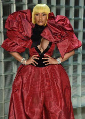 Nicki Minaj - Marc Jacobs Fashion Show in NYC