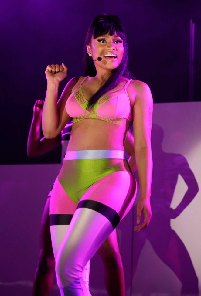 Nicki Minaj - The iHeartRadio Summer Pool Party in Las Vegas