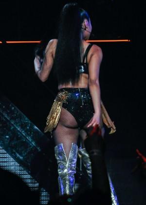 Nicki Minaj: The Pinkprint Tour -27