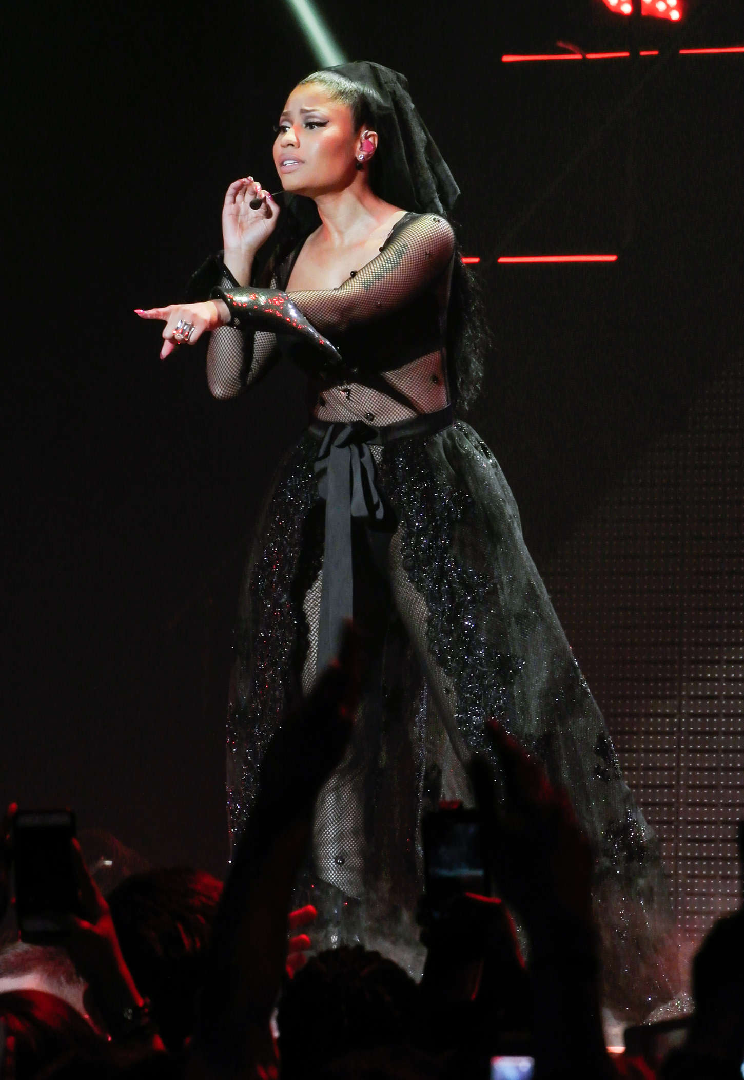Nicki Minaj: The Pinkprint Tour -38 | GotCeleb