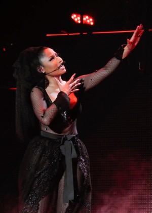 Nicki Minaj: The Pinkprint Tour -67