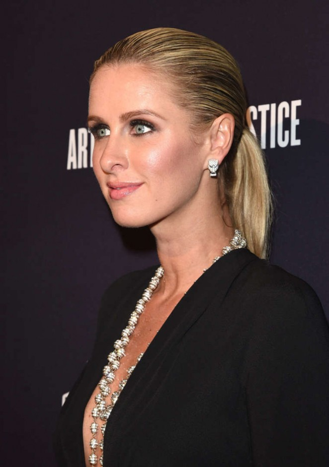nicky hilton daughter