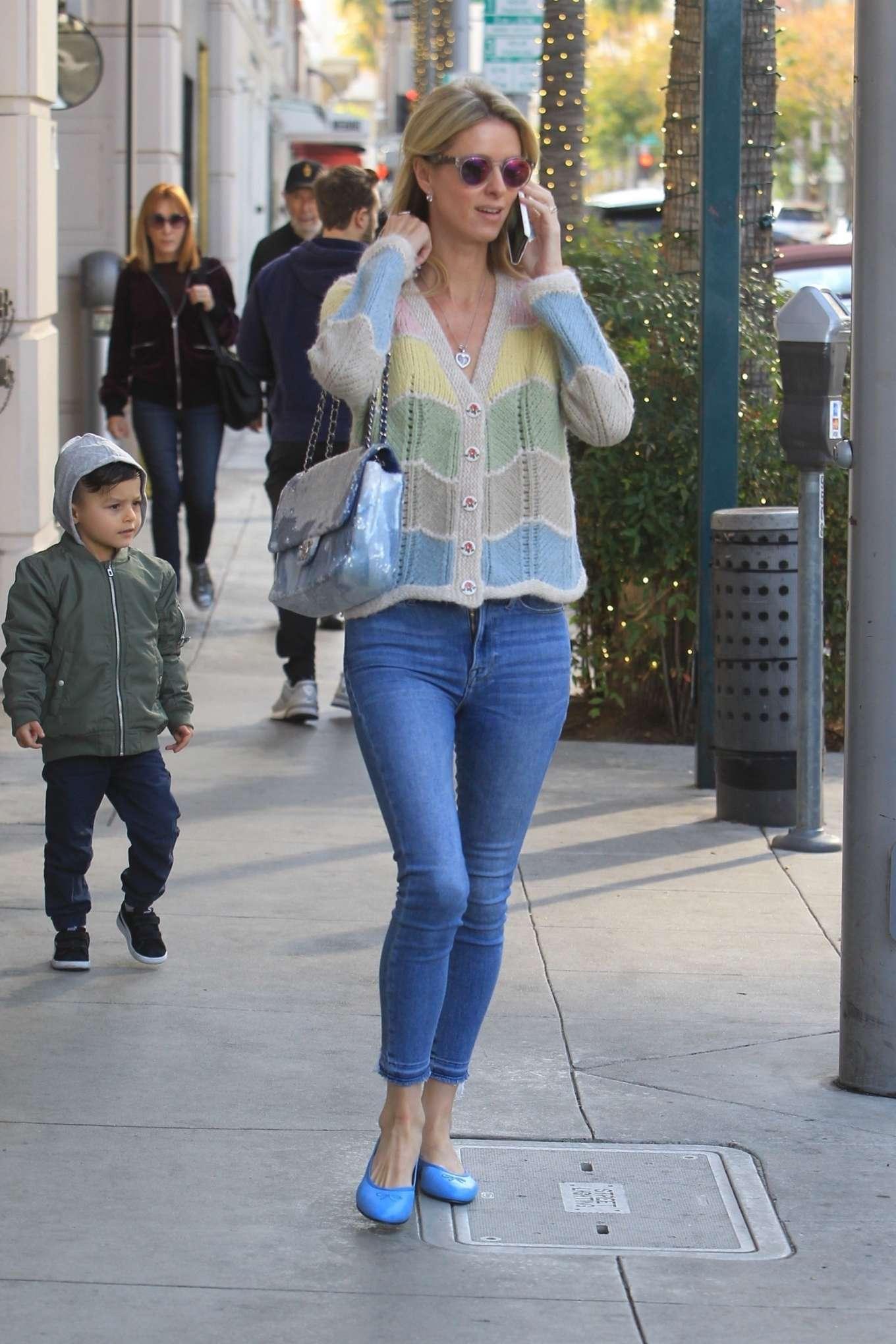 Nicky Hilton 2019 : Nicky Hilton – Christmas shopping in Beverly Hills-06