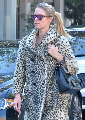 Nicky Hilton Goes shopping in West Hollywood