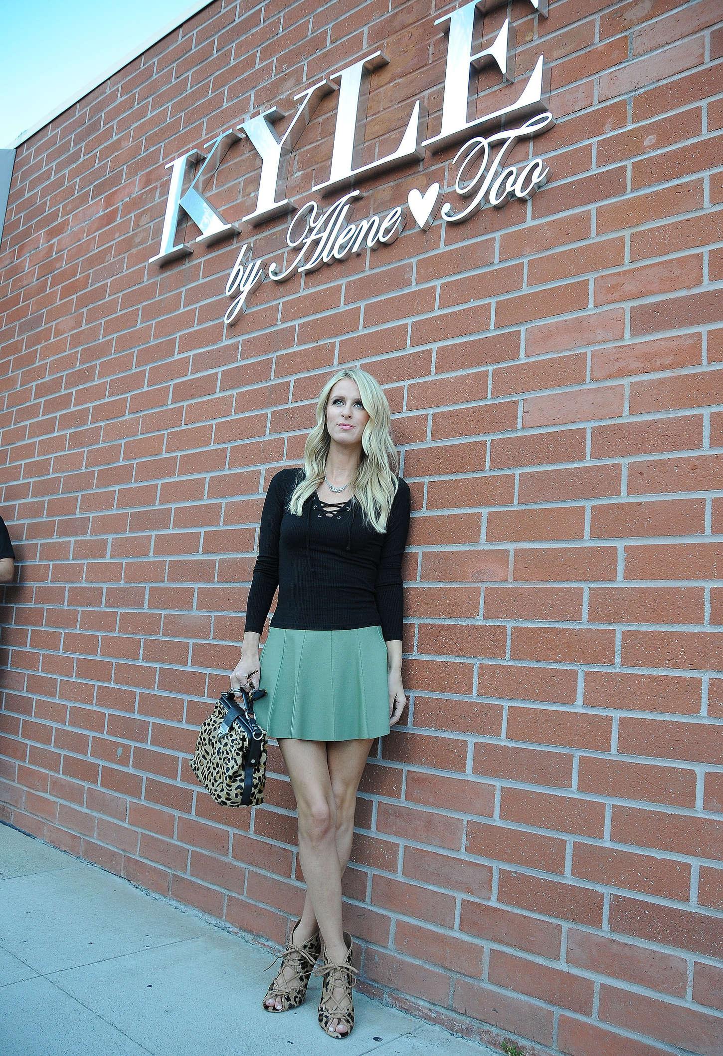 Nicky Hilton 2015 : Nicky Hilton in a green mini skirt -06
