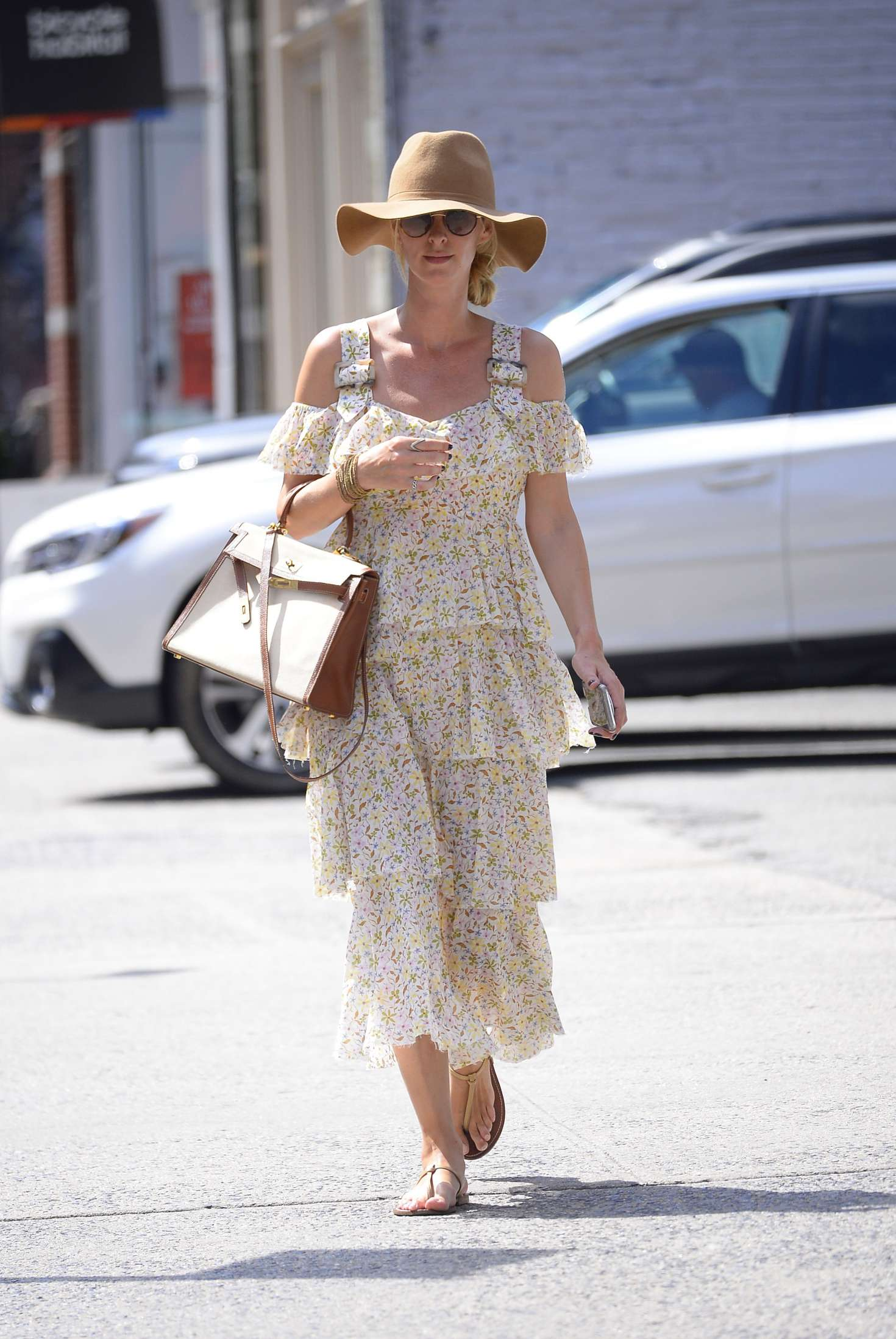Nicky Hilton 2018 : Nicky Hilton in Floral Print Dress -02