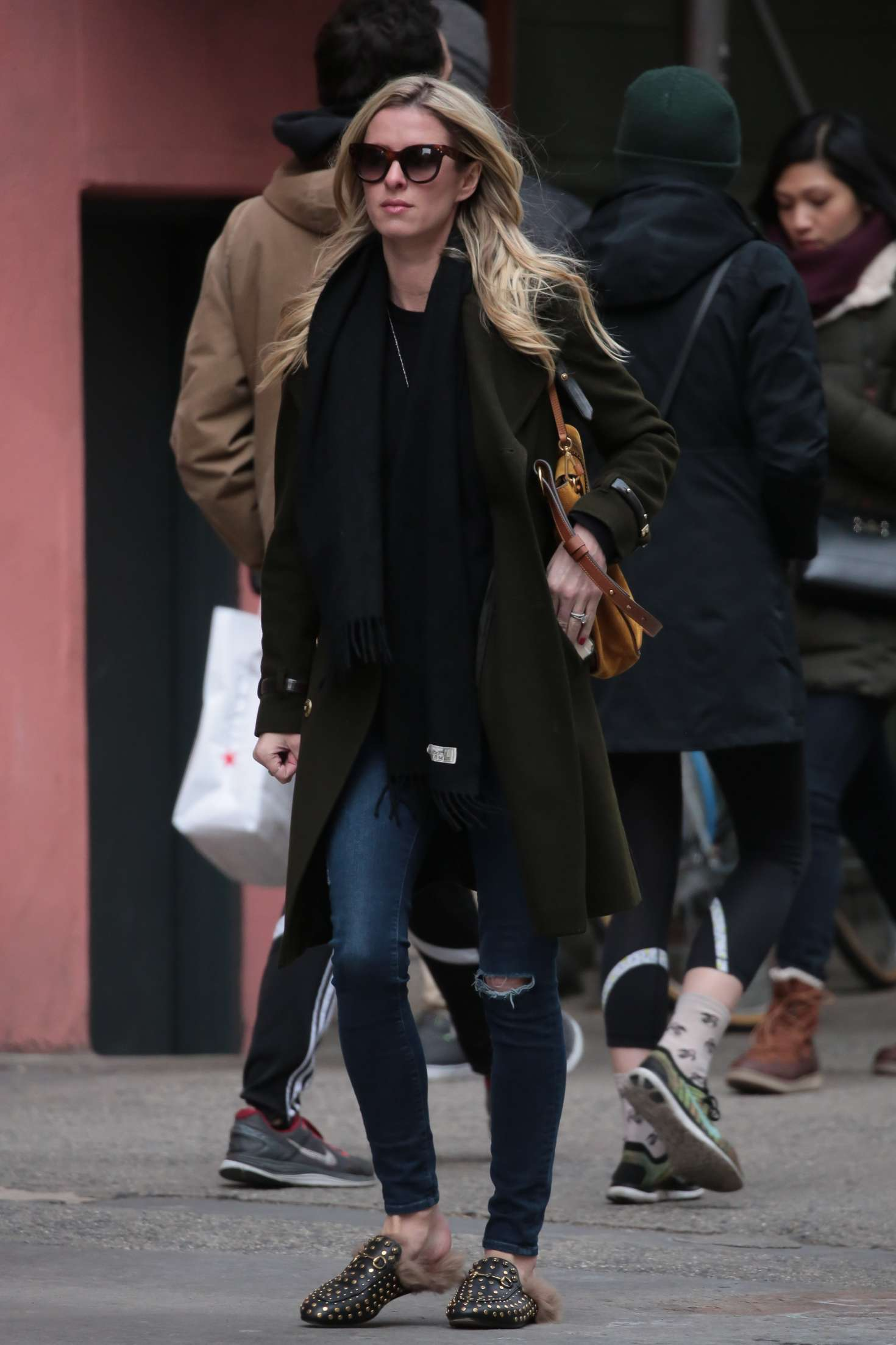 Nicky Hilton 2017 : Nicky Hilton in Jeans and Long coat -02