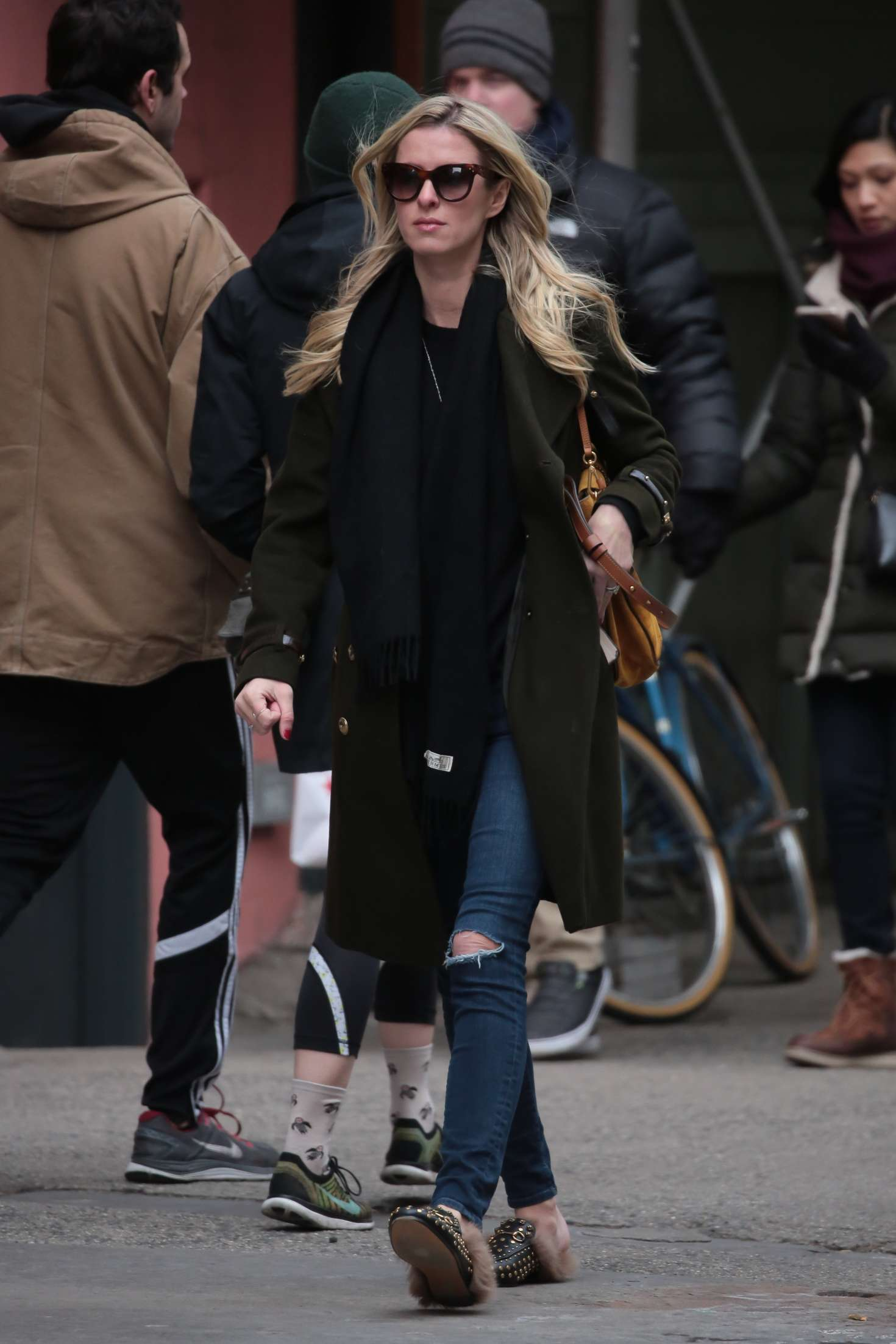 Nicky Hilton 2017 : Nicky Hilton in Jeans and Long coat -07