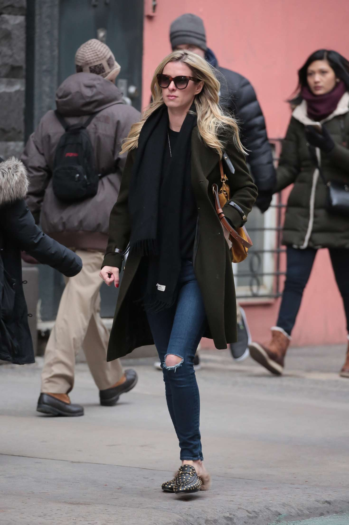 Nicky Hilton 2017 : Nicky Hilton in Jeans and Long coat -10