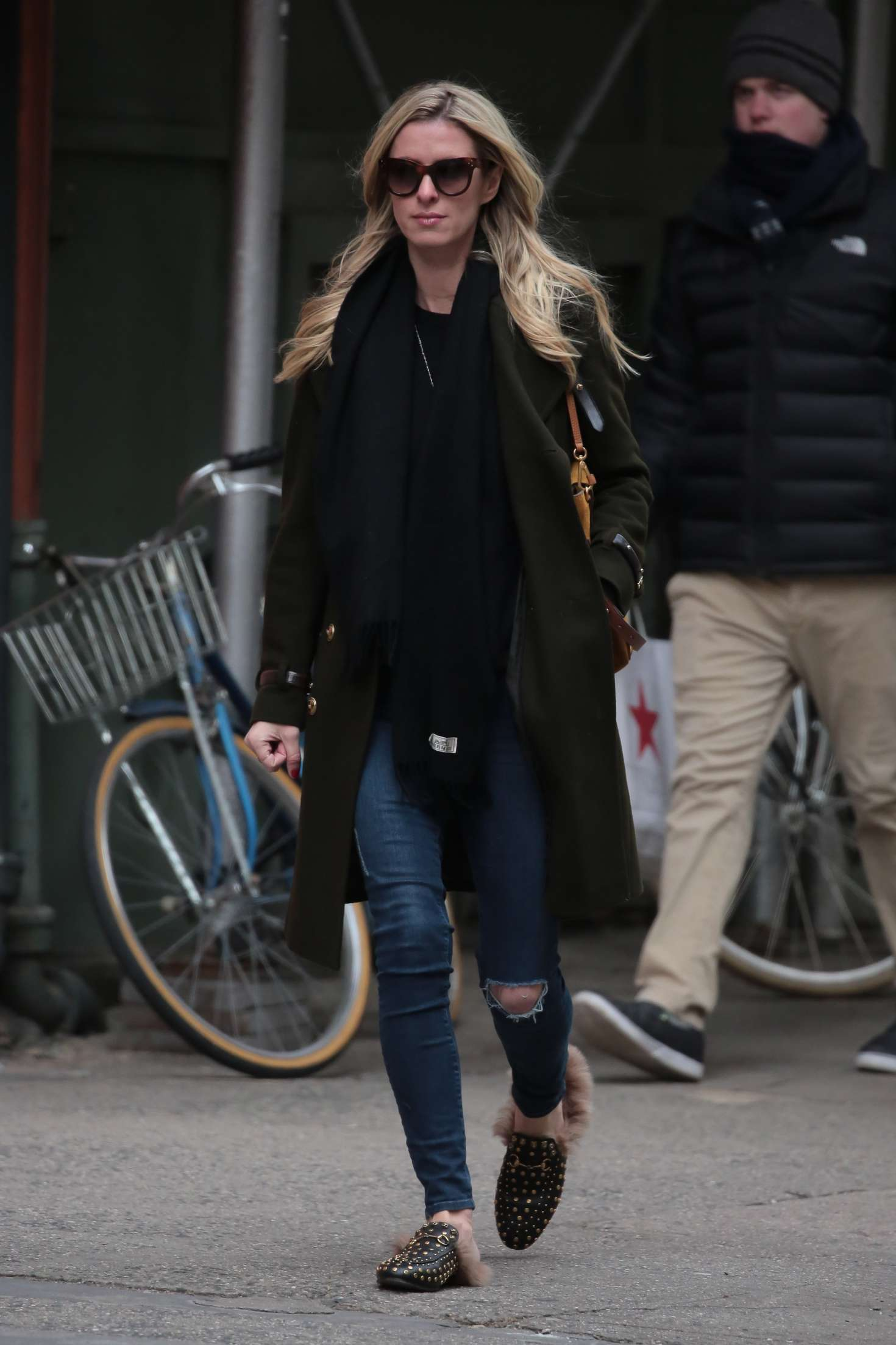 Nicky Hilton 2017 : Nicky Hilton in Jeans and Long coat -13