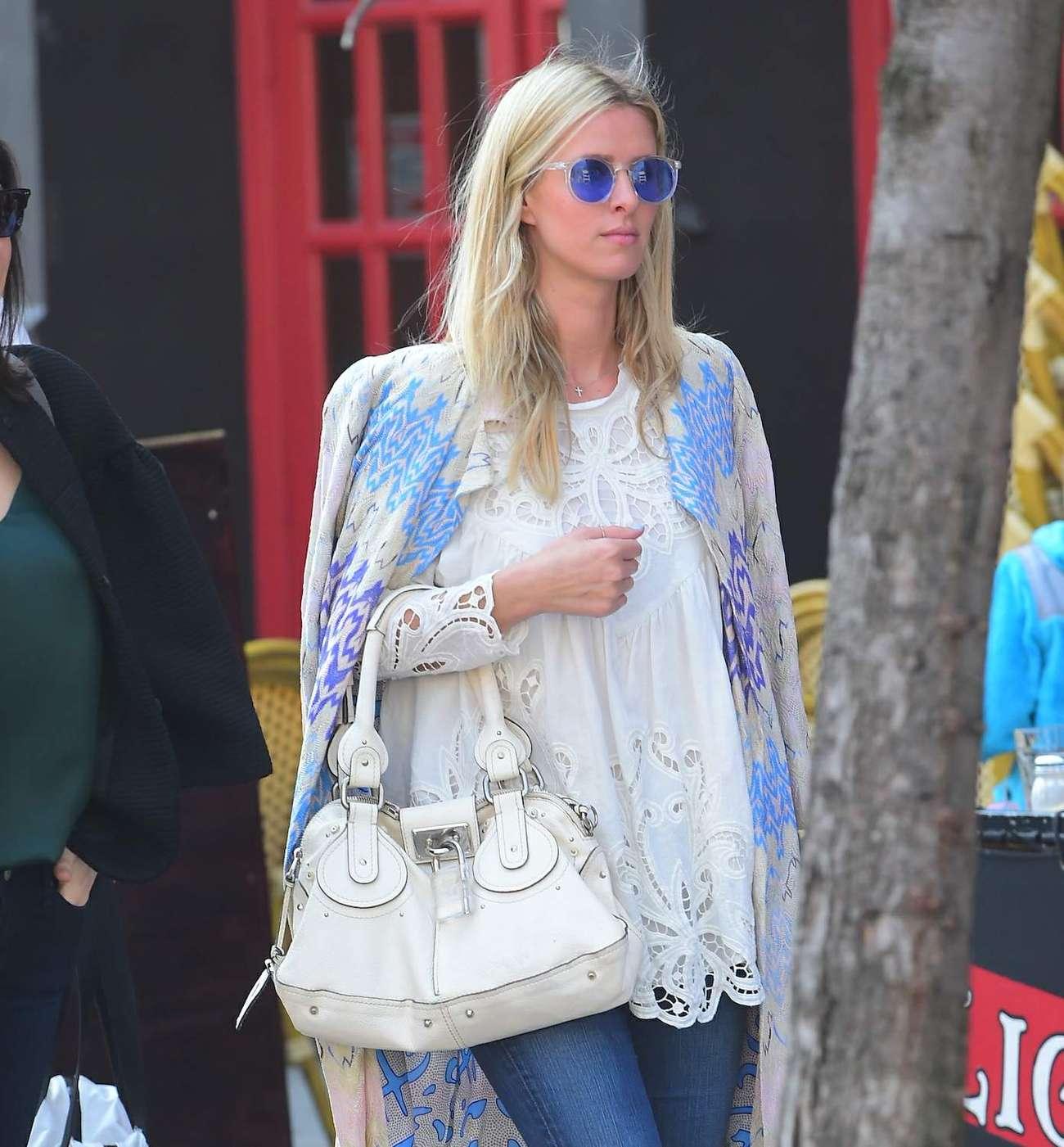 Nicky Hilton 2015 : Nicky Hilton in Jeans -05