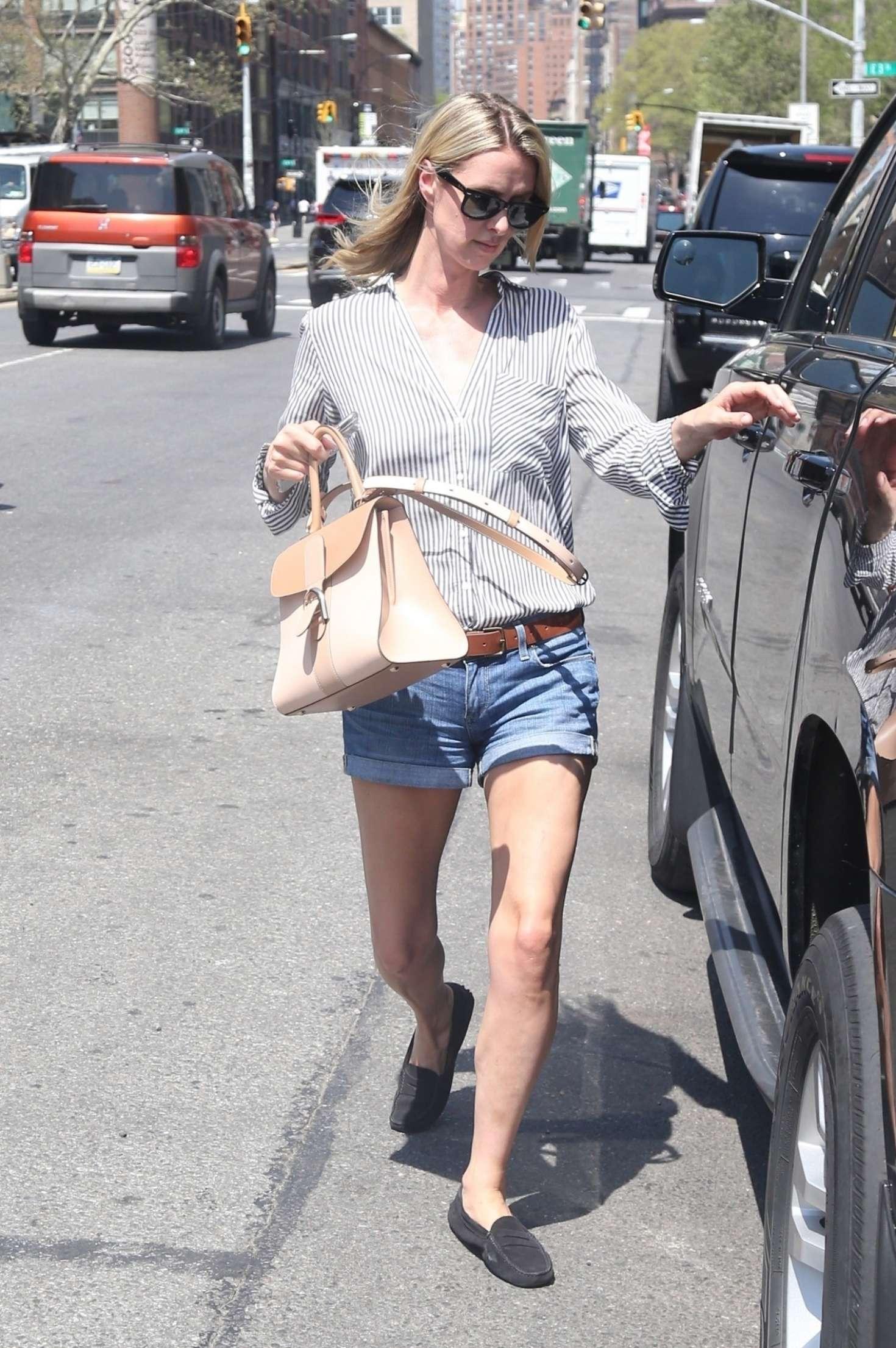 Nicky Hilton 2017 : Nicky Hilton in Jeans Shorts -02