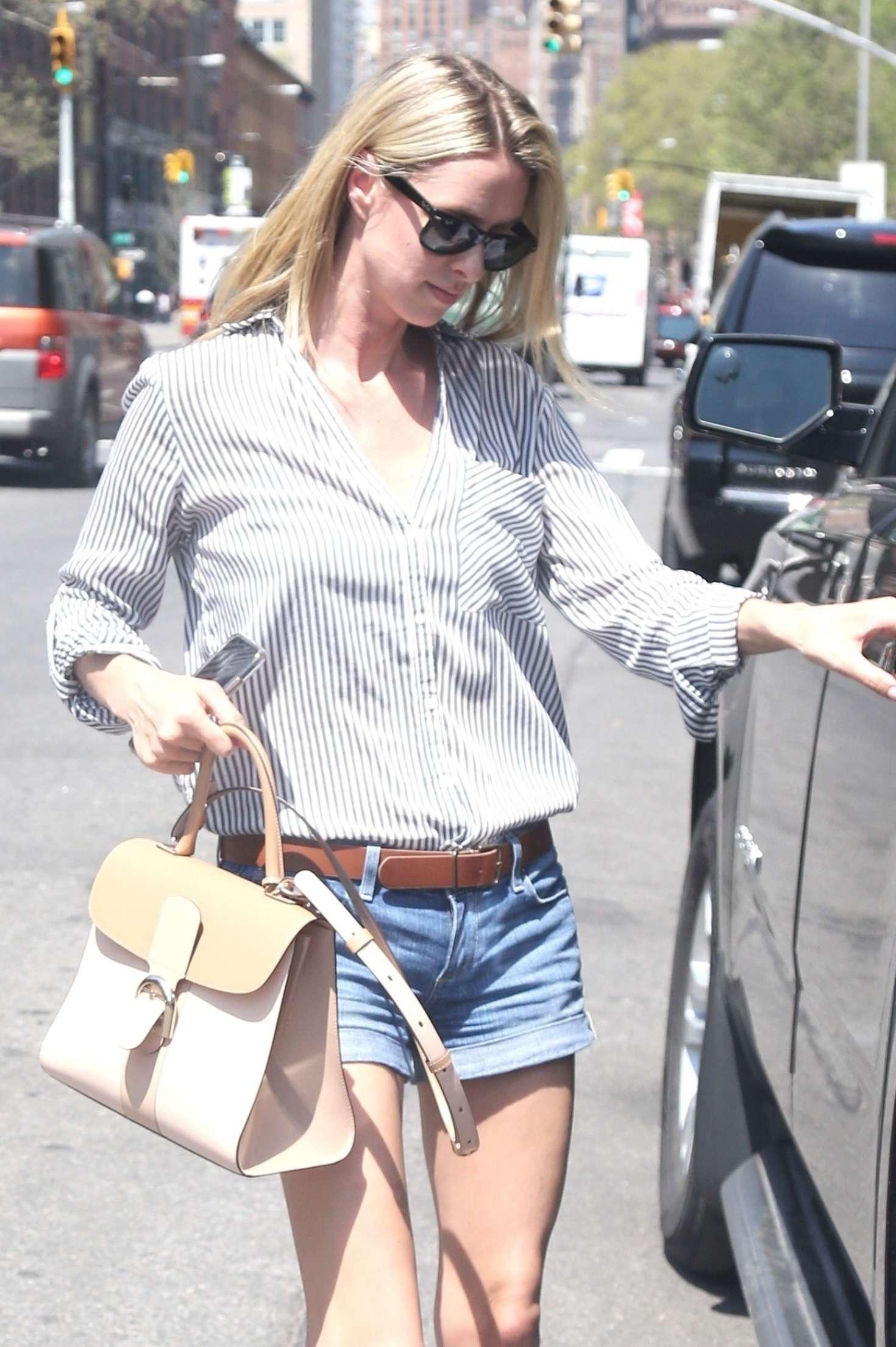 Nicky Hilton 2017 : Nicky Hilton in Jeans Shorts -06