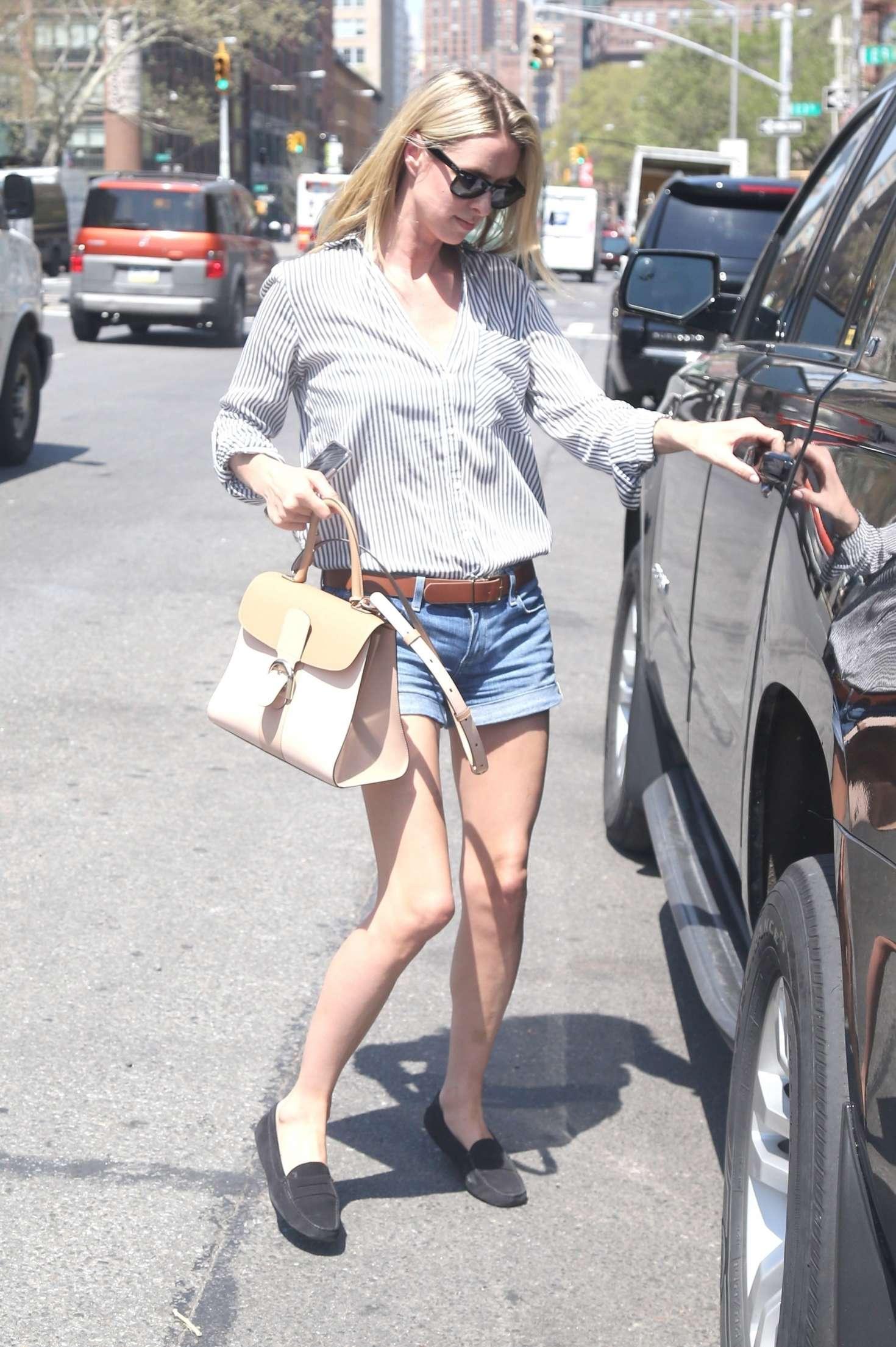 Nicky Hilton 2017 : Nicky Hilton in Jeans Shorts -07
