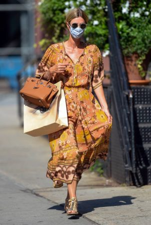 Nicky Hilton - In maxi summer dress out for a stroll in New York