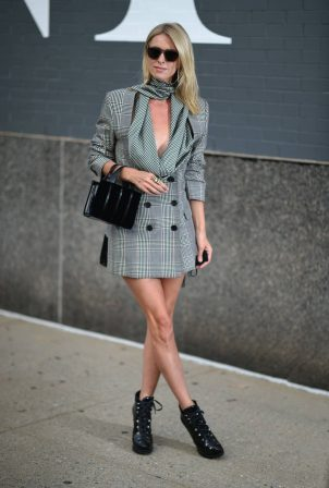 Nicky Hilton - New York Fashion Week - Monse Fall-Winter 2020 Presentation