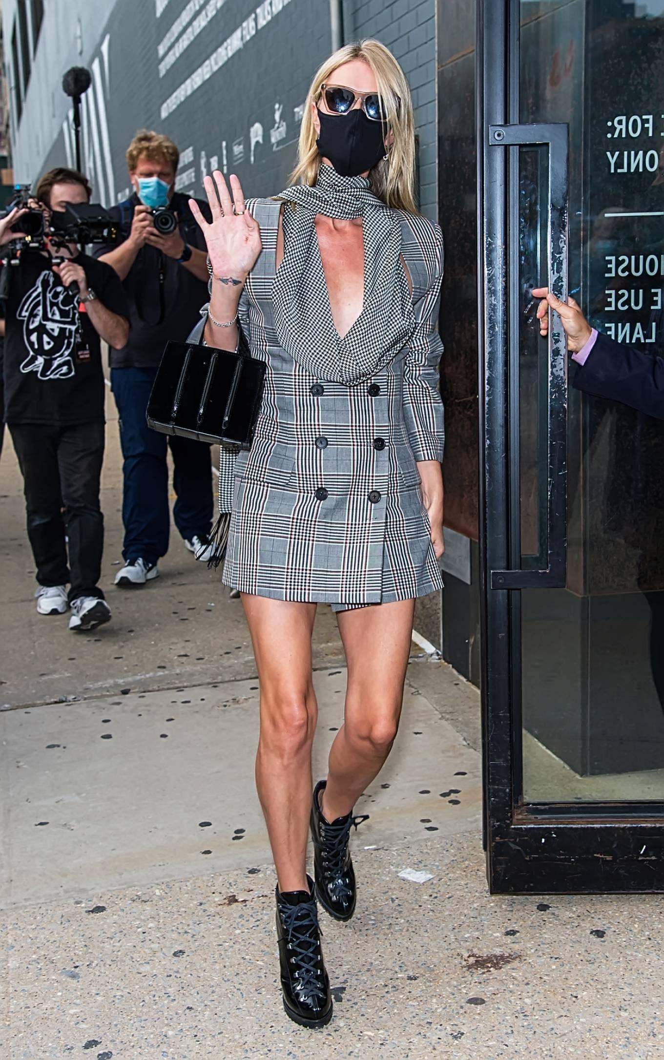 Nicky Hilton 2020 : Nicky Hilton – New York Fashion Week – Monse Fall-Winter 2020 Presentation-04