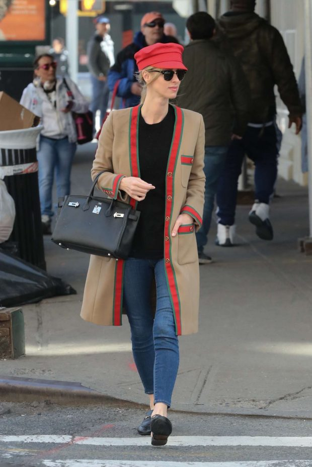 Nicky Hilton - Out for a walk in NYC