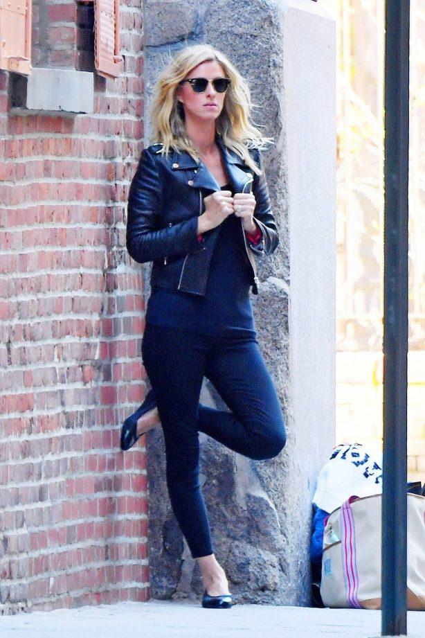Nicky Hilton - Photoshoot candids in SoHo