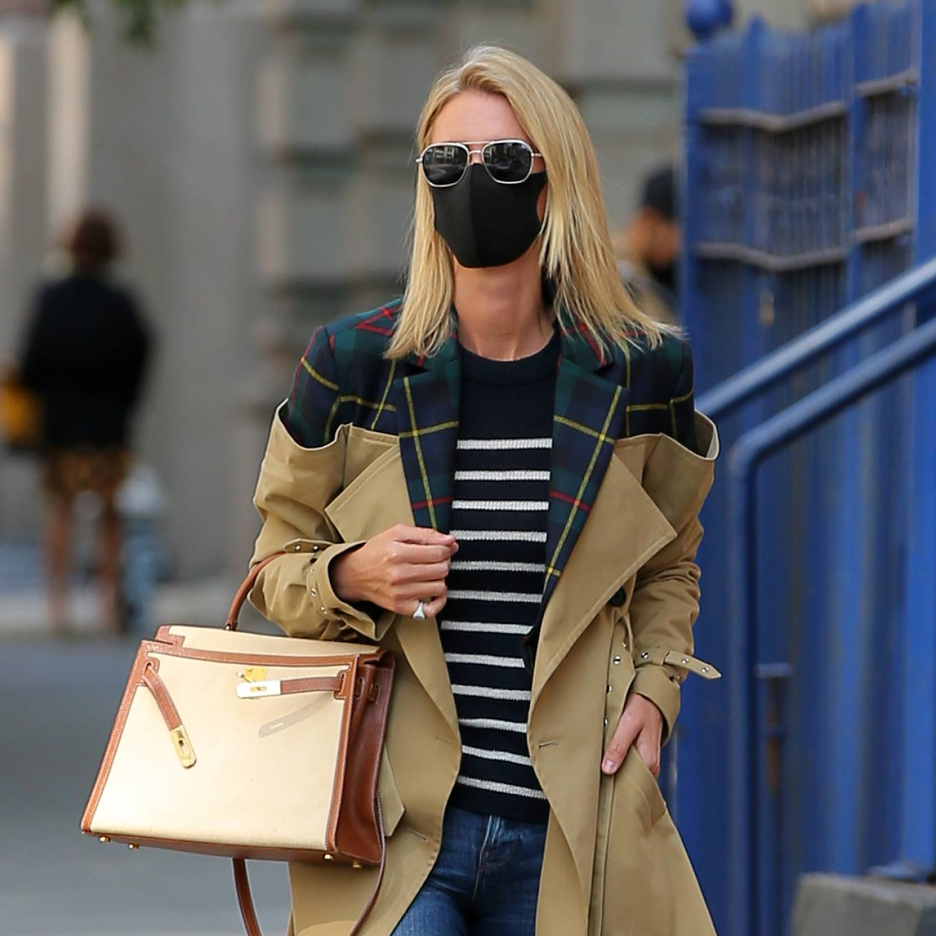 Nicky Hilton 2020 : Nicky Hilton Rothschild – Wearing a quirky trench coat in New York-01