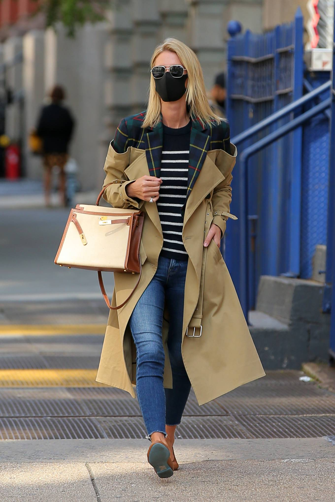 Nicky Hilton 2020 : Nicky Hilton Rothschild – Wearing a quirky trench coat in New York-04