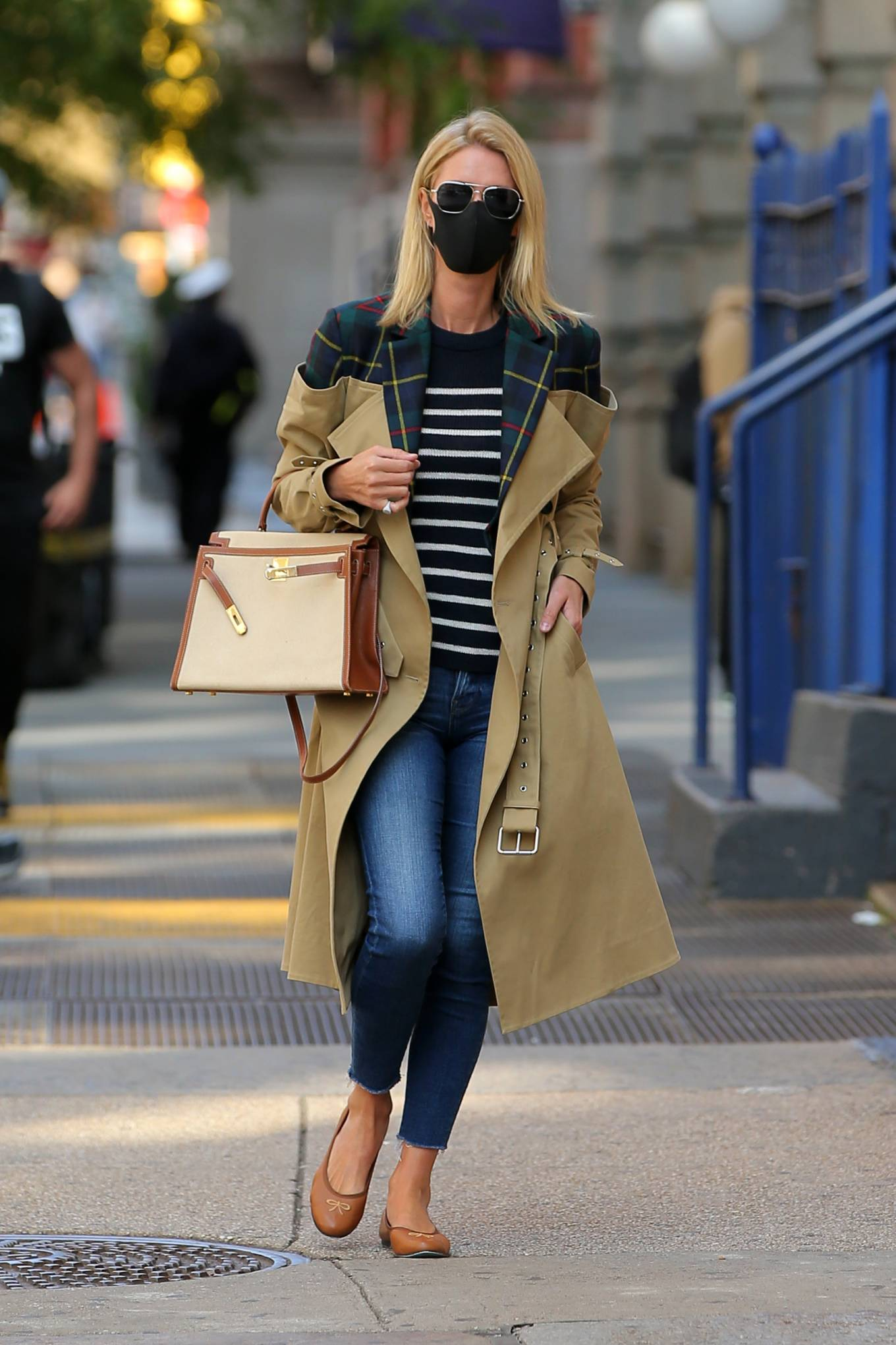 Nicky Hilton 2020 : Nicky Hilton Rothschild – Wearing a quirky trench coat in New York-06
