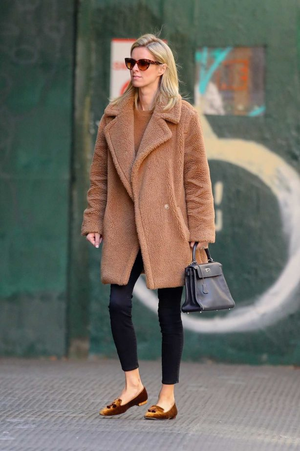 Nicky Hilton - Running errand in New York City