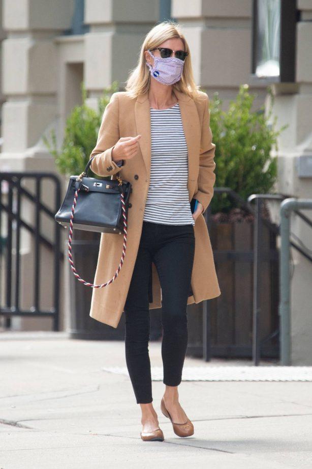 Nicky Hilton - Running errands in New York City